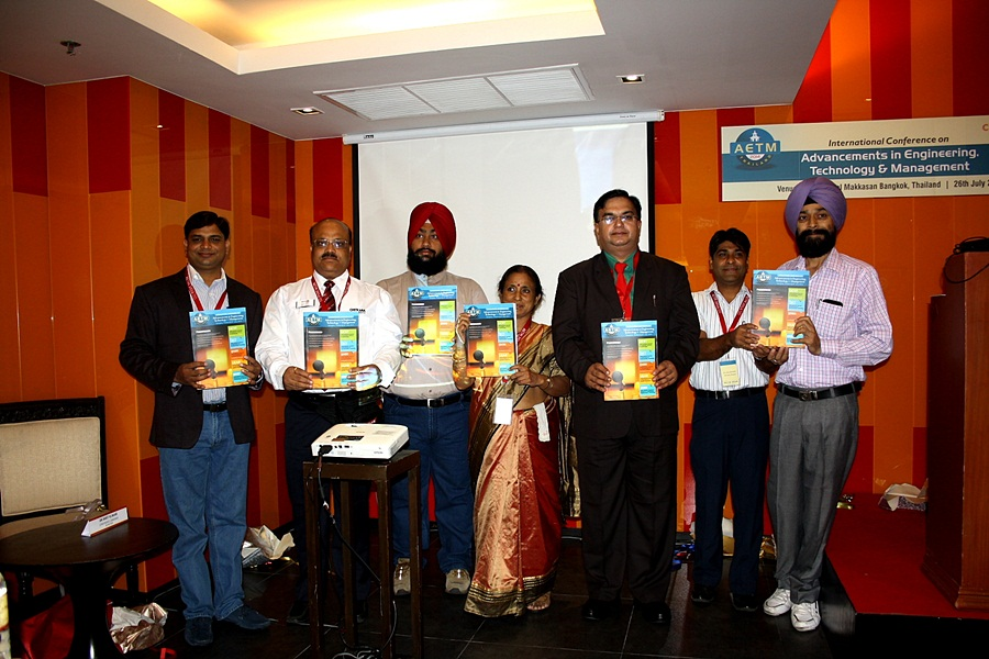 Unveiling of Hardcopy of Conference Proceedings by the Dignitaries